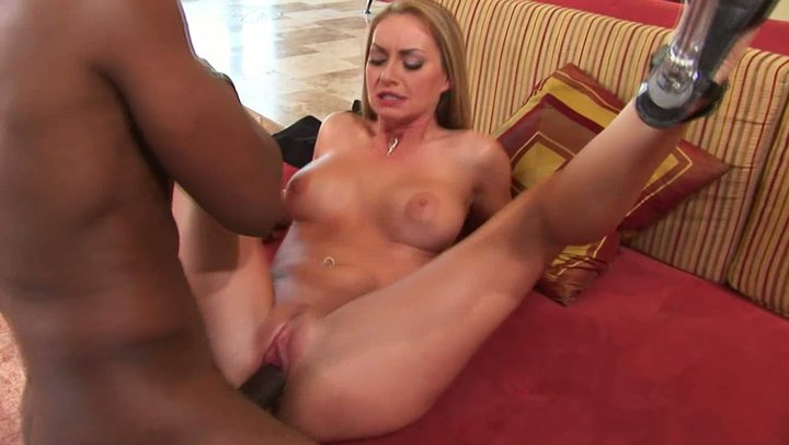 huge-dicks-going-inside-pussy-sucks-cum