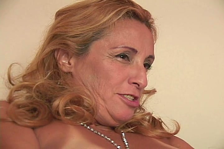 Beautiful mature blonde has her shaved pussy filled with a hook and clit pumped 6