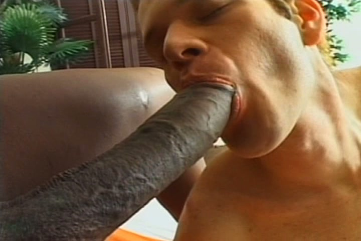 Big Dick Ebony Shemale Fucks Guy