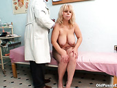 Spoiled blond mom Milena gets her fat body mauled with pressure