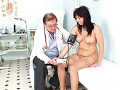 Tasty brunette mom Livie gets stroked intensively by kinky doctor