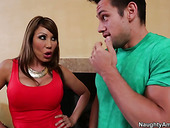 Asian bombshell Ava Devine is a pro when it comes to blowjobs
