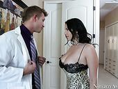 Mind-blowing woman Missy Martinez seduces handsome doctor
